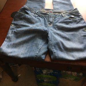 Used pair of Apple Bottoms Ladies jeans